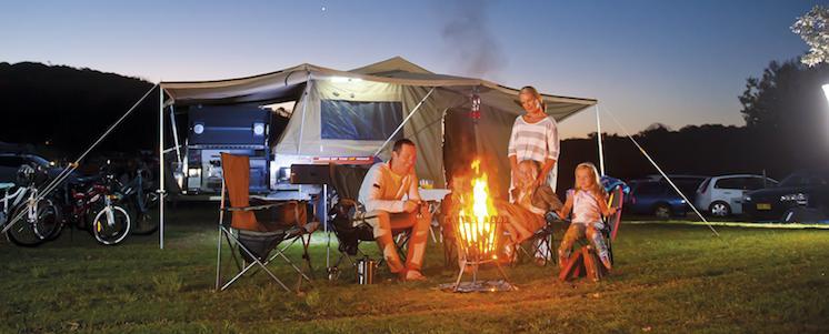 4 family campfire1